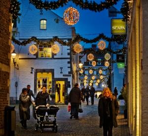 Umfangreiches Weihnachtsshopping-Angebot in Maastricht